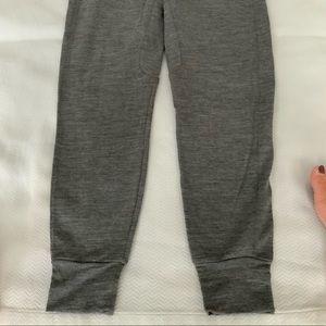 Lululemon Lab Jogger sz 8 Beautiful Heathered Grey